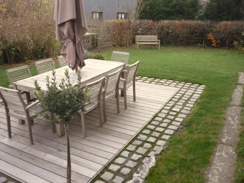terrasse jardin en bois, photo vu sur  jardinsdupaysvertbe
